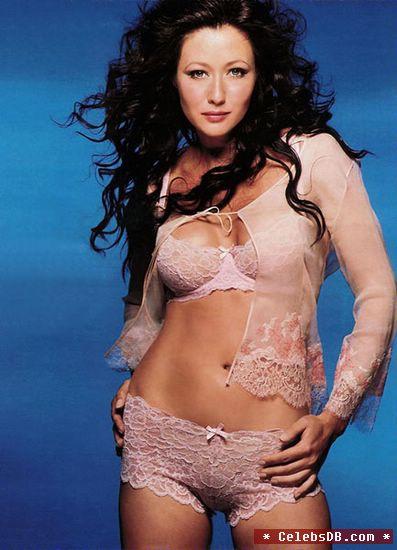 Shannen Doherty im Bikini